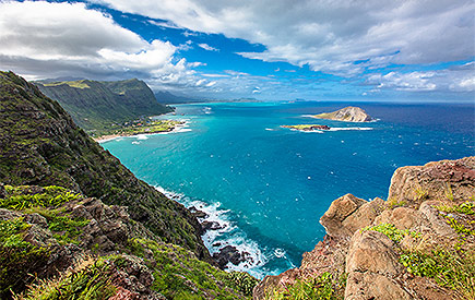 Explore Makapuu Point Lighthouse Trail